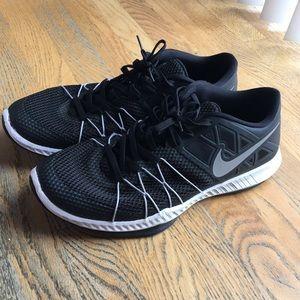 Black nike sneakers Men's